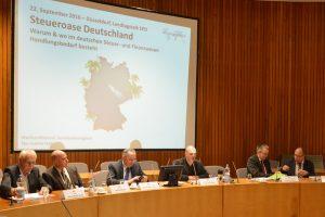Diskussion im Saal der SPD-Landtagsfraktion NRW.