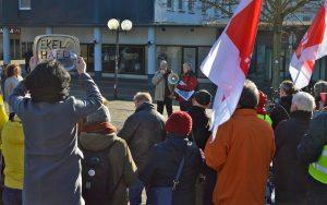 Kundgebung auf dem Friedensplatz